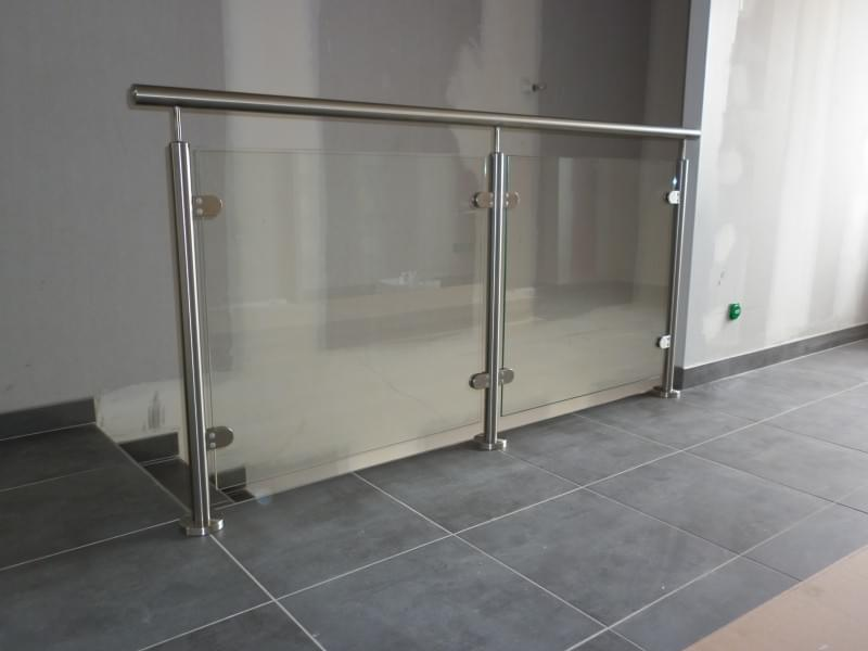Inox railings with glass
