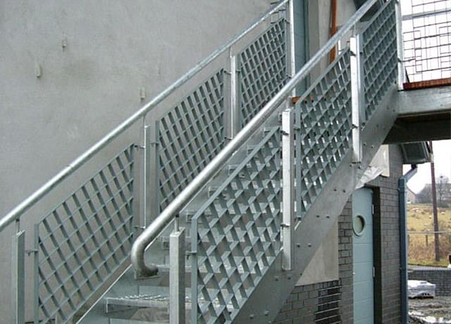 Steel railings with panels